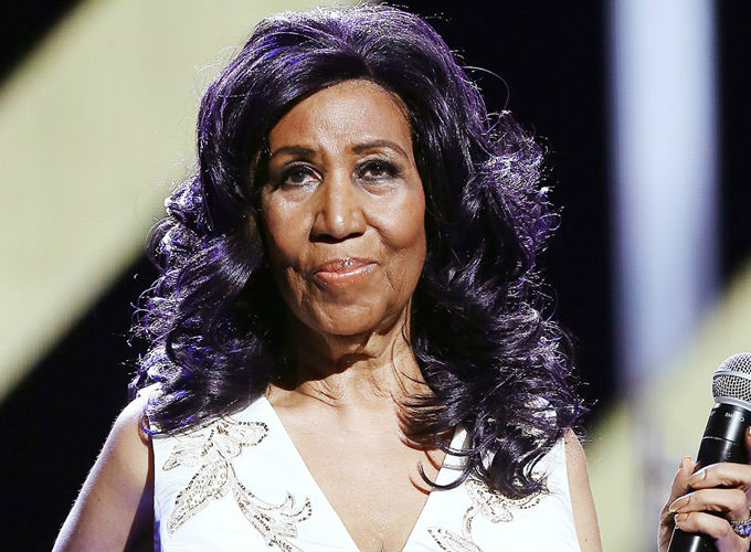 Aretha Franklin 10 Iconic Hairstyles - Layered Waves