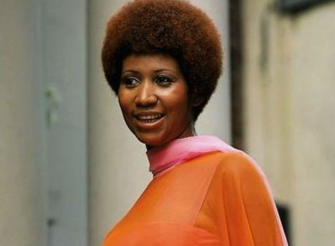 Aretha Franklin 10 Iconic Hairstyles - Tapered Afro