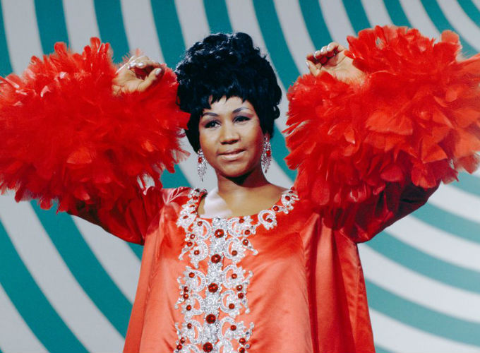 Aretha Franklin 10 Iconic Hairstyles - Voluminous Pixie